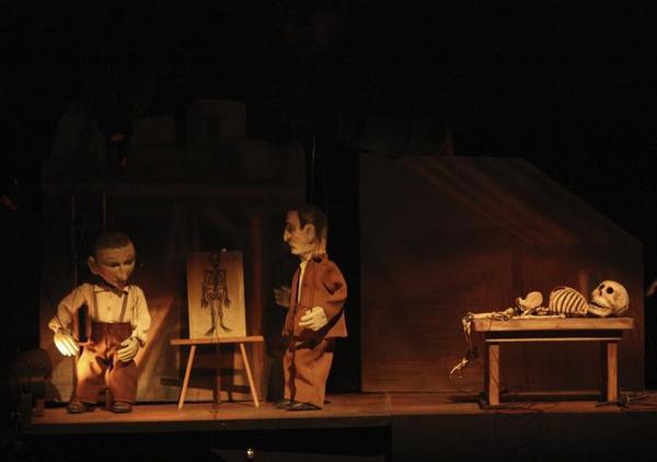 Ramón e Cajal, no teatro