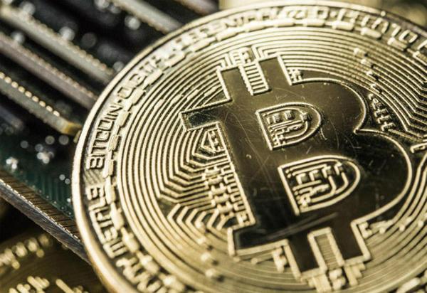 Dizem que o sistema em que se baseia bitcoin contém pornografia infantil