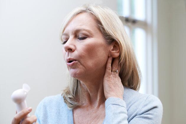 Alimentos e ervas que podem ser usados para reduzir os sintomas de menopausa